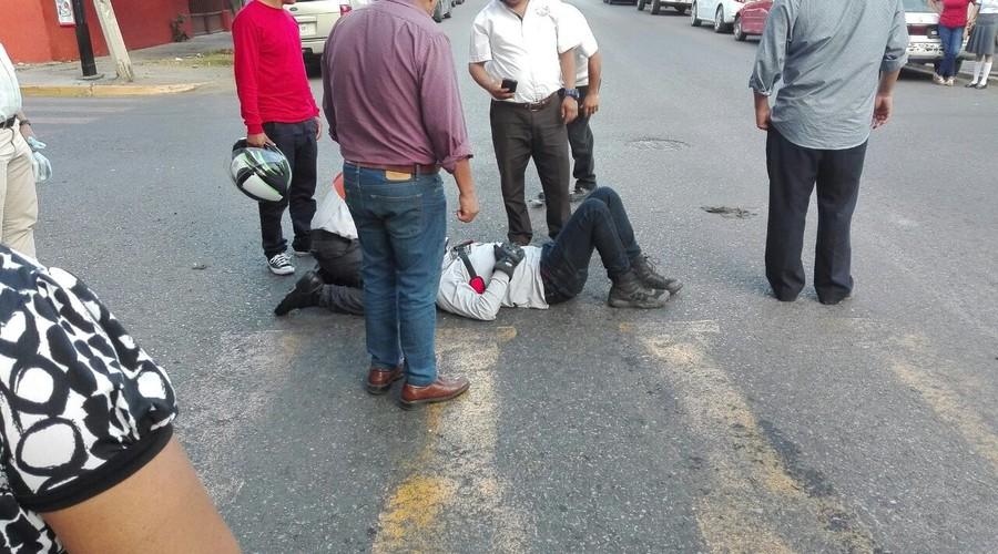 Embisten a motociclista | El Imparcial de Oaxaca