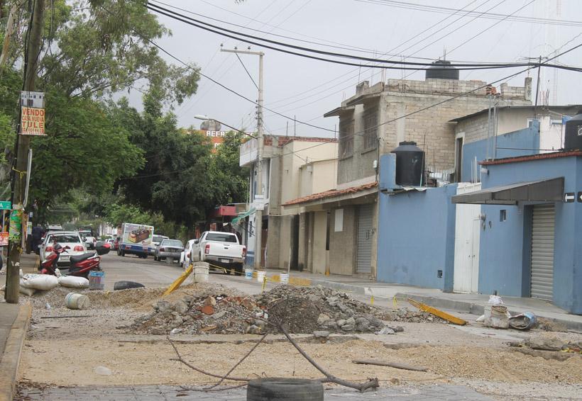 Denuncian irregularidades en obras de drenaje en Oaxaca