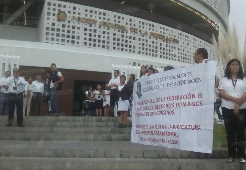 Protestan sindicalizados en el Poder Judicial de la Federación | El Imparcial de Oaxaca