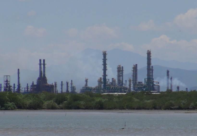 Cerrada, la mayor refinería del país