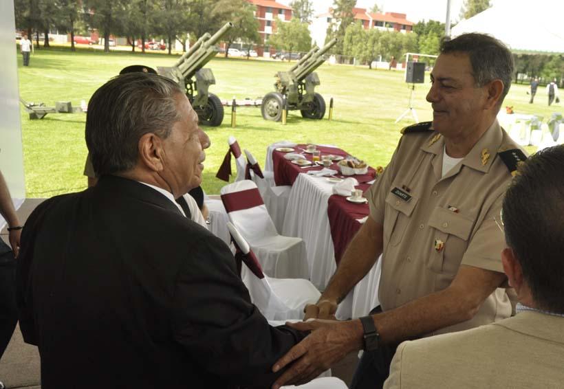 """Distanciar a soldados del pueblo  """"imposible"""": Duarte Múgica"""