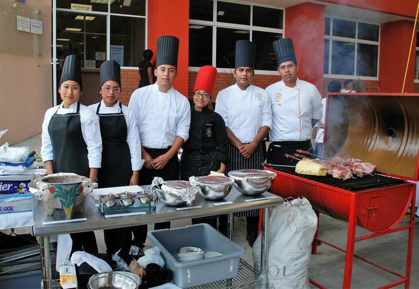 Apuestan a la innovación gastronómica en el ITST