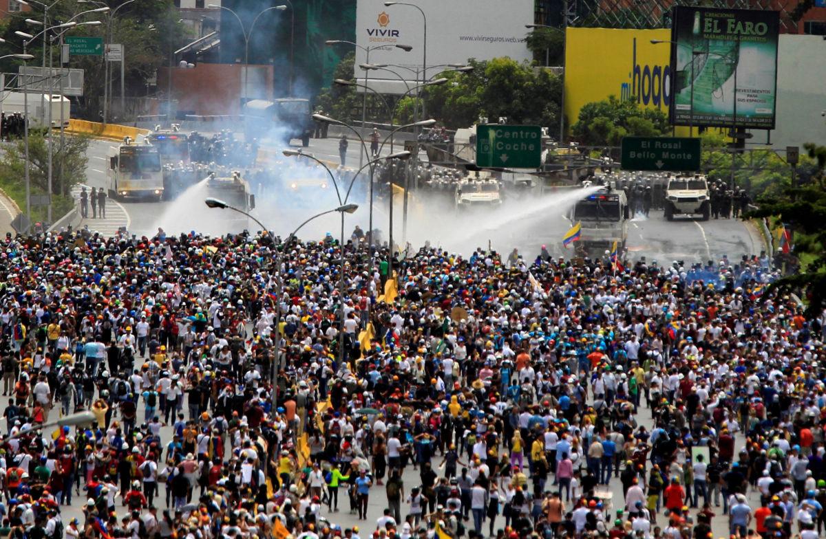 Venezuela atraviesa la peor crisis económica de su historia: Al Jazeera | El Imparcial de Oaxaca
