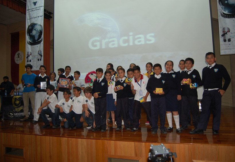 Oaxaqueños, finalistas en concurso internacional de robótica