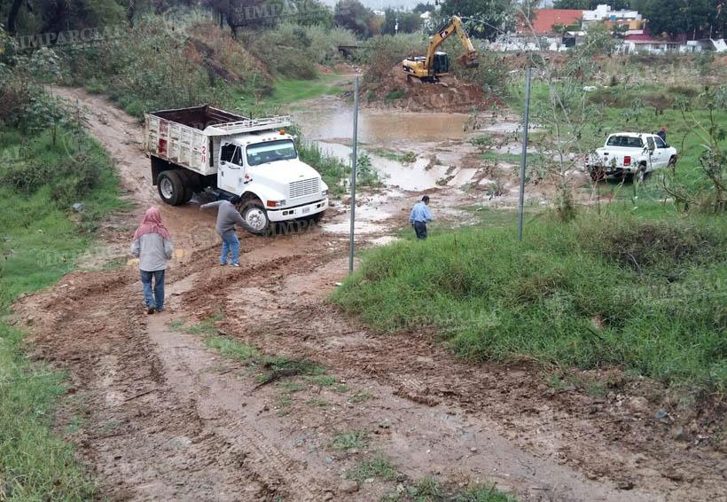Realizan limpieza en la presa Rompepicos | El Imparcial de Oaxaca