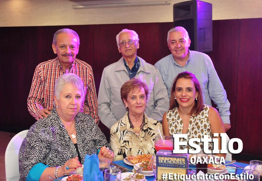 Club Rotario festejan a los papás