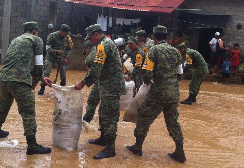 Tormenta Tropical Calvin toca tierra en AYUTA | El Imparcial de Oaxaca