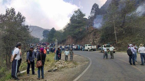 Se enfrentan pobladores de Tamazulapam y Ayutla