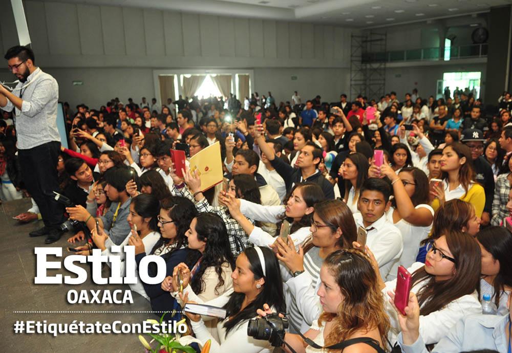 Fiesta universitaria por los 40 años de la URSE