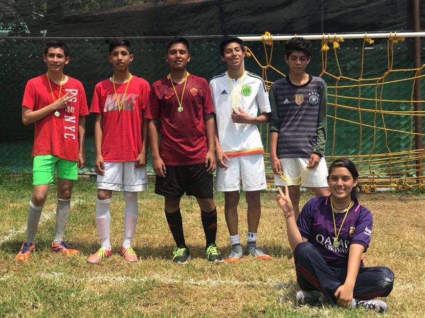 Concluye el torneo de futbol y básquet del Instituto San Pablo   El Imparcial de Oaxaca
