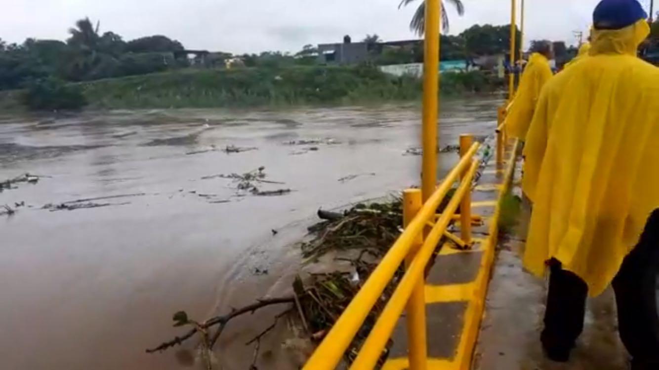 Video: Puente de Tequisistlán en el Istmo a punto de colapsar