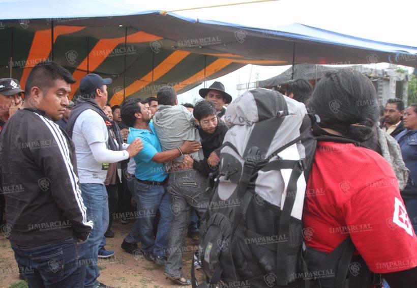 "Conmemoración por primer año de Nochixtlán termina en riña"""
