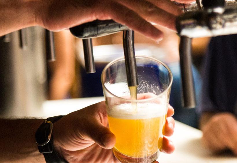 Tomarte tres cervezas podría aliviar más tu dolor que un analgésico | El Imparcial de Oaxaca