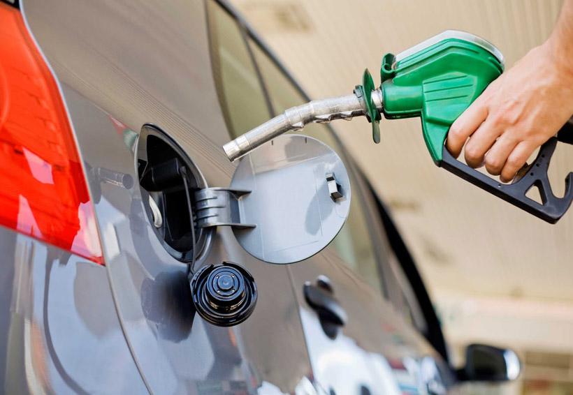 Colocan sellos de clausura a gasolinera de BP