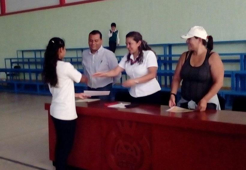 Fomentan la gimnasia en el Instituto Carlos Gracida