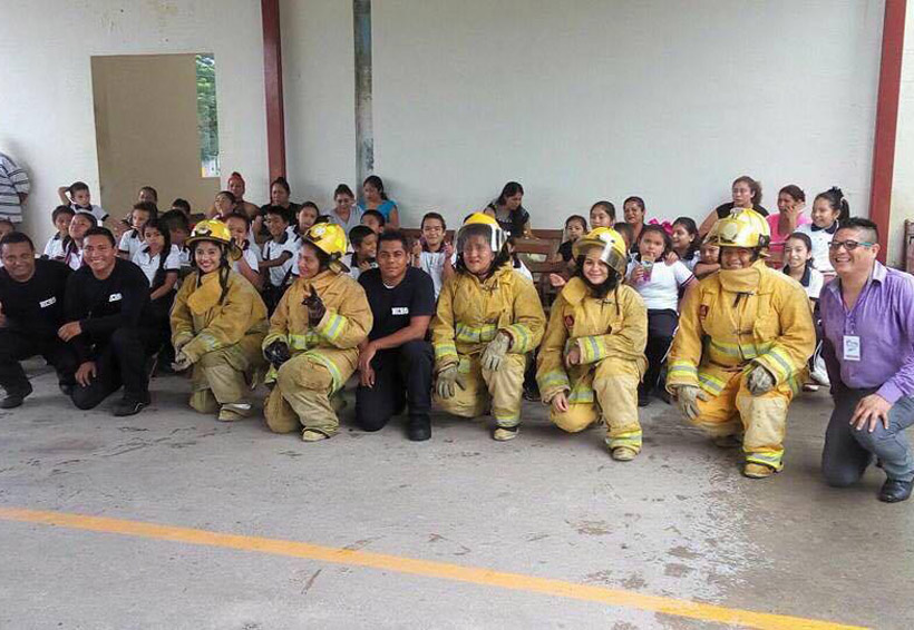 Realizan taller Capitán Bombero en Juchitán