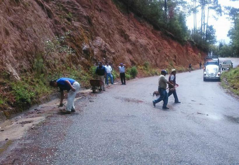 En Tlaxiaco exigirán atención a caminos