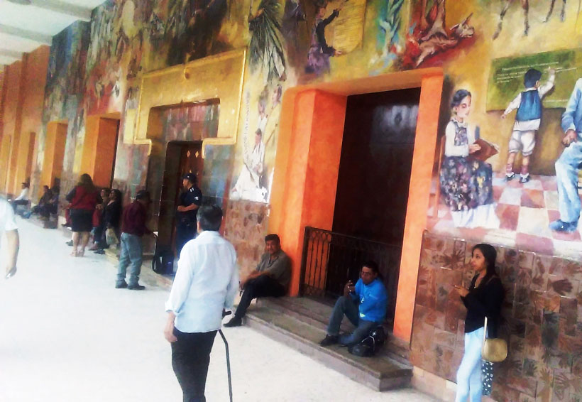 Huajuapan condena daño al mural