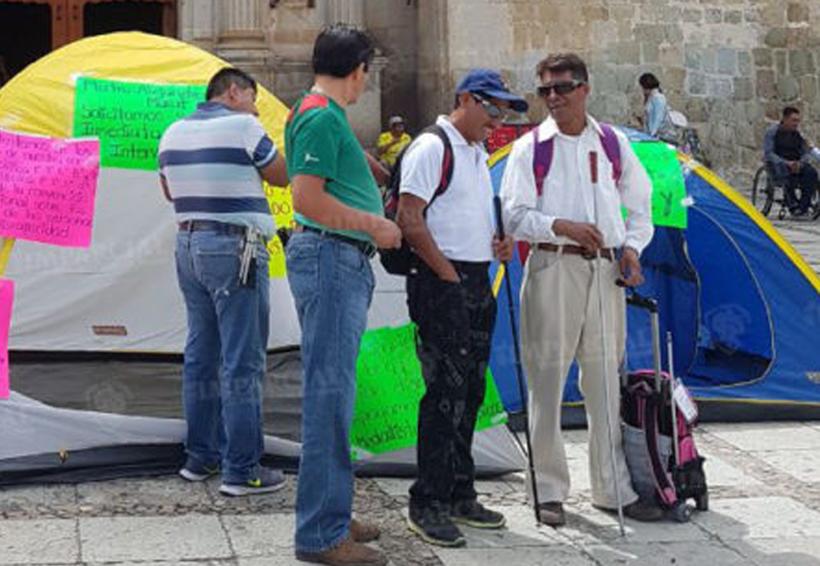 Atletas paralímpicos se instalan en plantón | El Imparcial de Oaxaca