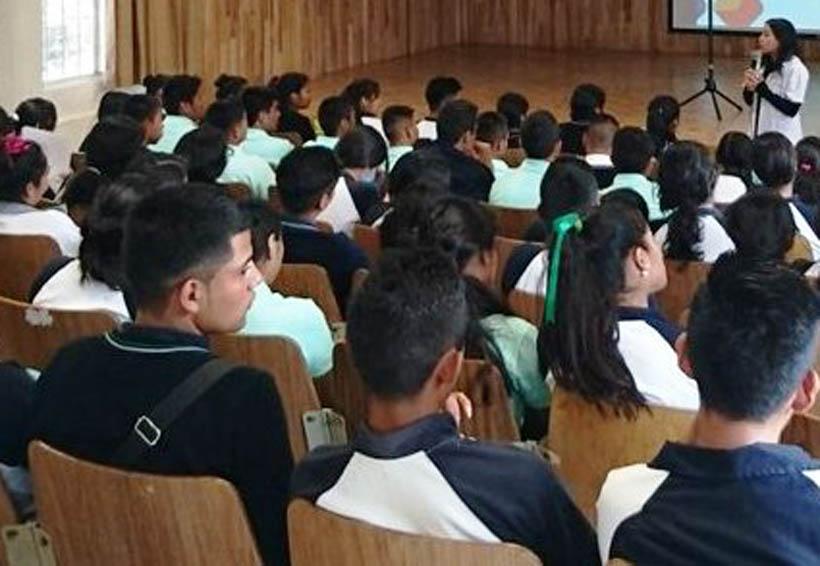 En la Cuenca imparten pláticas de prevención del VIH