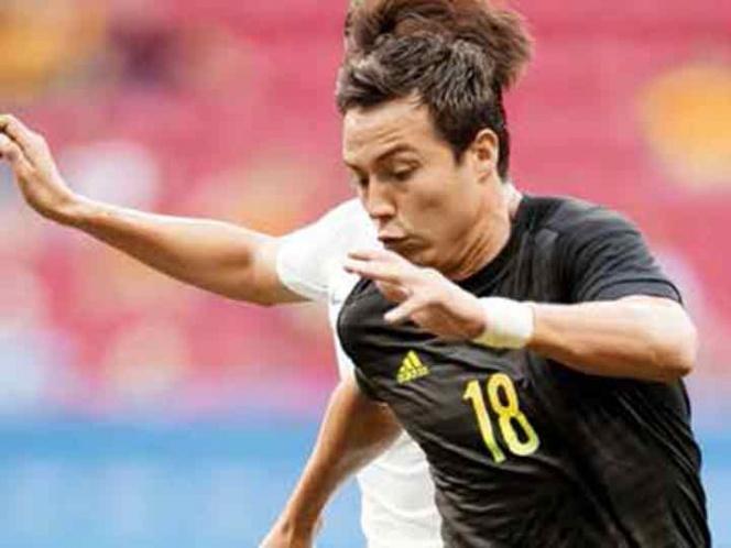 'Cubo' Torres ya reportó con el Tricolor