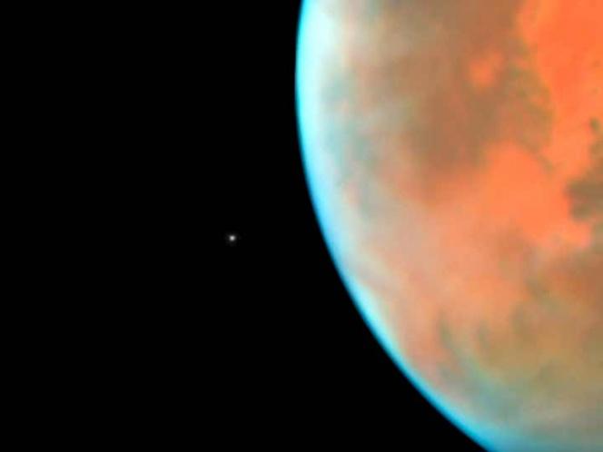 El telescopio Hubble logra captar imágenes de Fobos, satélite de Marte