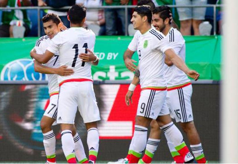 Paraguay recorta distancias; el Tri gana 2-1 al medio tiempo | El Imparcial de Oaxaca