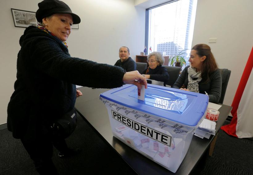 Realizan elecciones primarias presidenciales en Chile