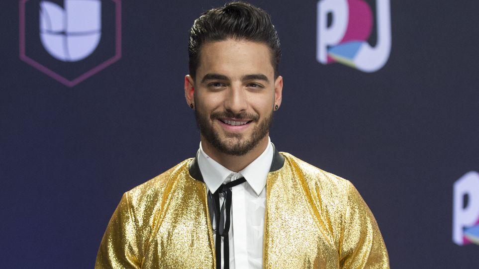 Chyno llevó el tricolor de siete estrellas a los Premios Juventud
