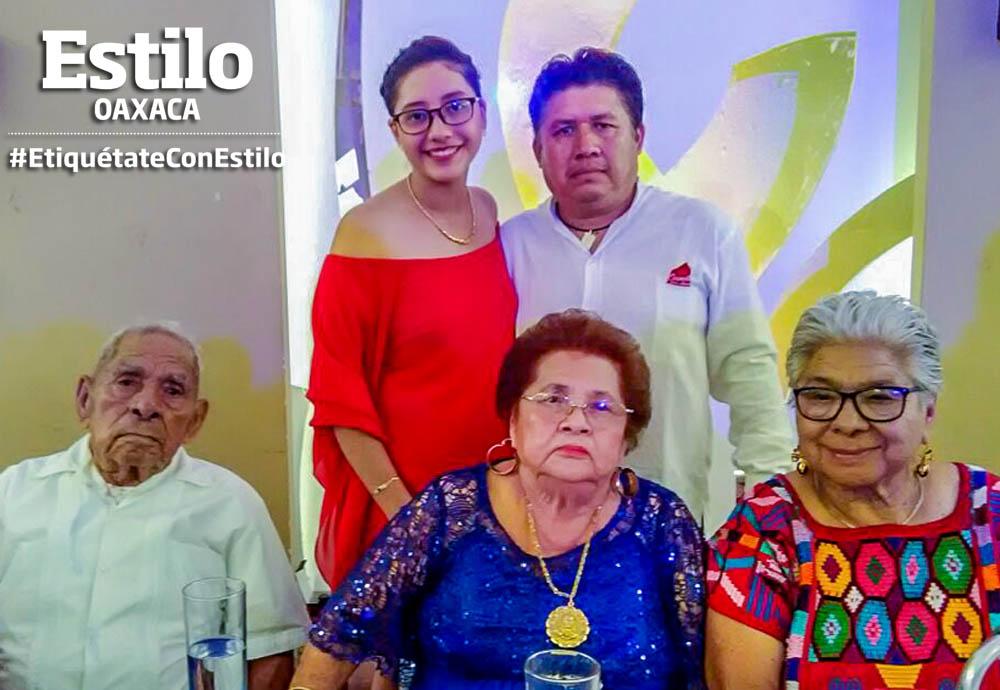 Doña Carmen festeja 90 años