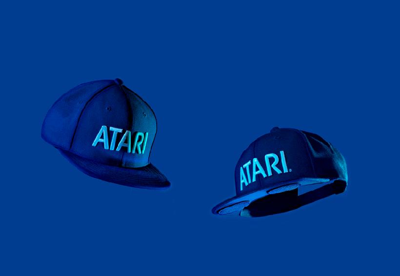 Atari presenta gorras con bocinas Bluetooth integradas
