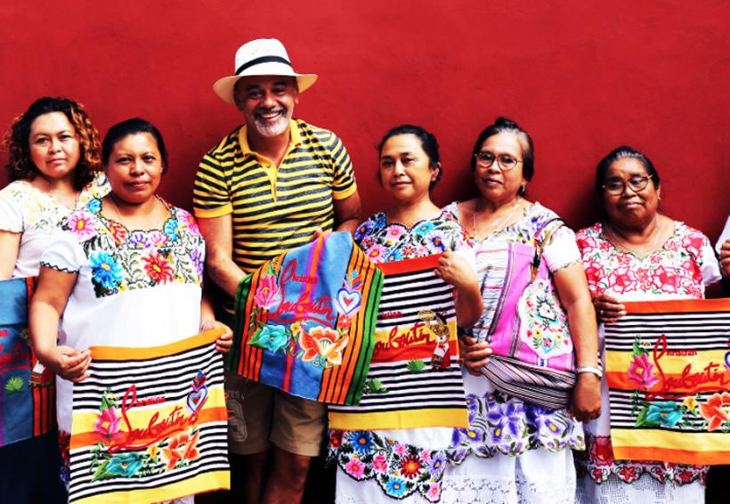 A indígenas mayas les pagan 200 pesos por adornar bolsas de 28 mil | El Imparcial de Oaxaca