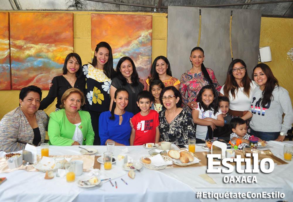 ¡Feliz cumpleaños Lupita!