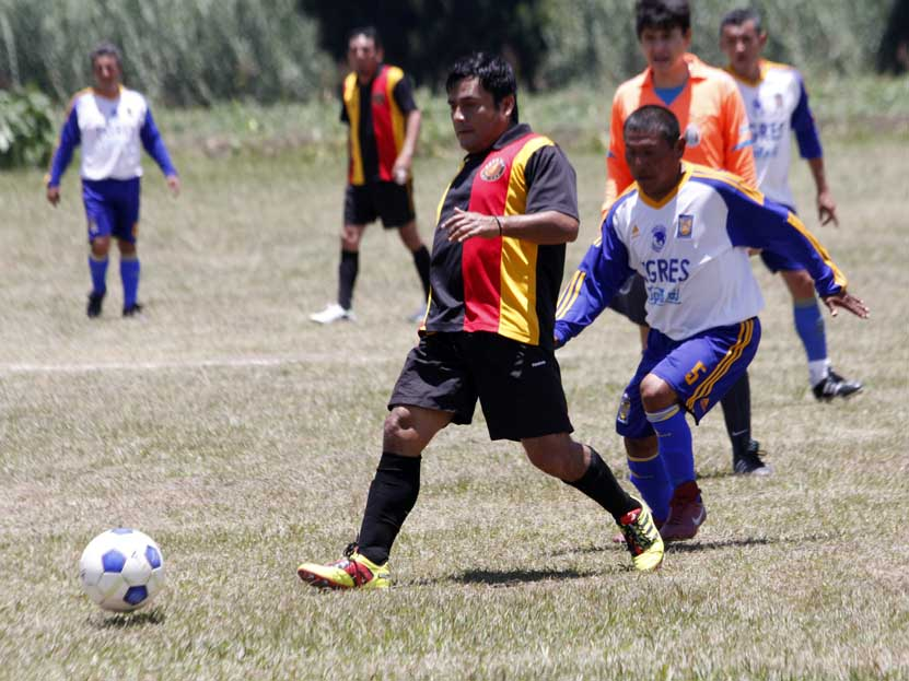 Se adelanta Club Prepa en la disputa por el título de los Veteranos en la Liga Solidaridad | El Imparcial de Oaxaca
