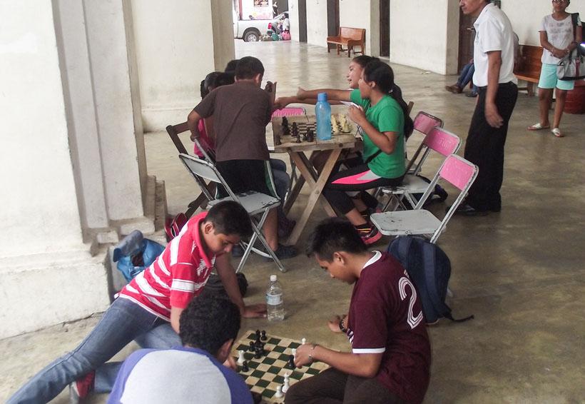 Fomentan el deporte ciencia en Tehuantepec