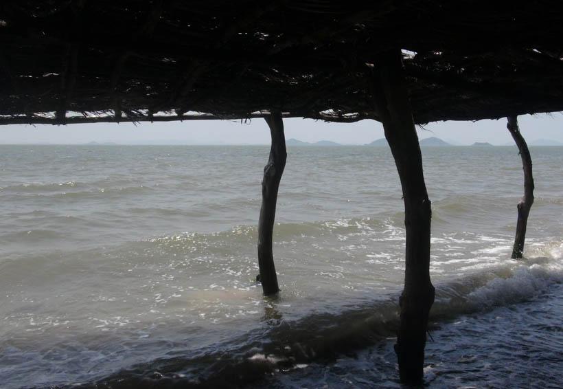 Mar de fondo afecta a los comerciantes en el Istmo