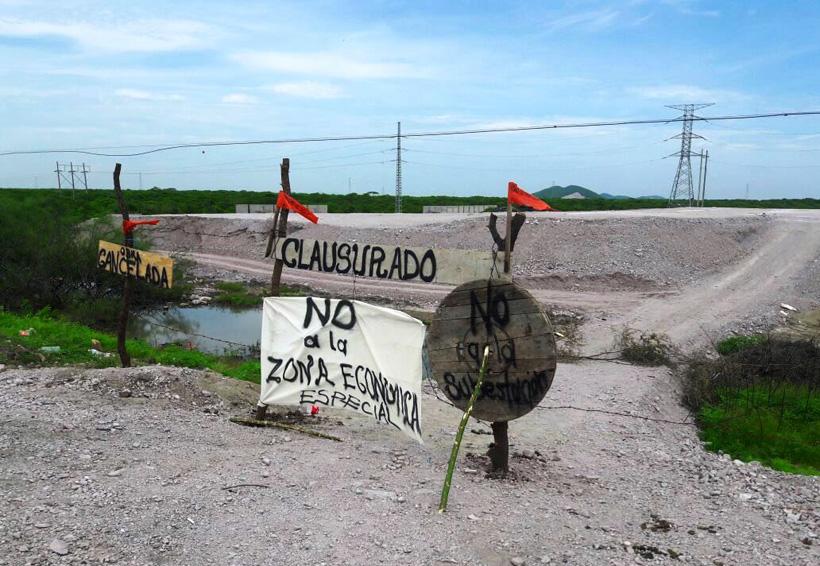 Militares resguardan el área en conflicto con San Blas Atempa