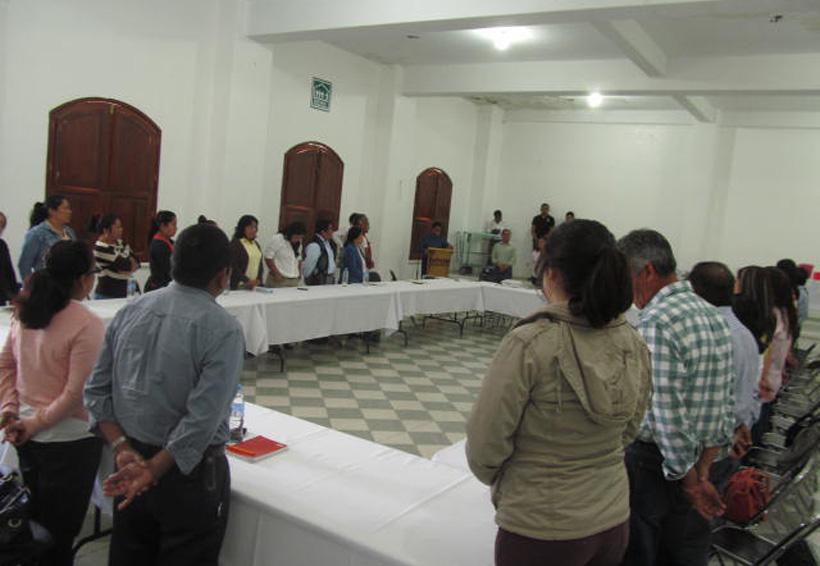 Consejo de Protección Civil mazateco dialoga con la SCT