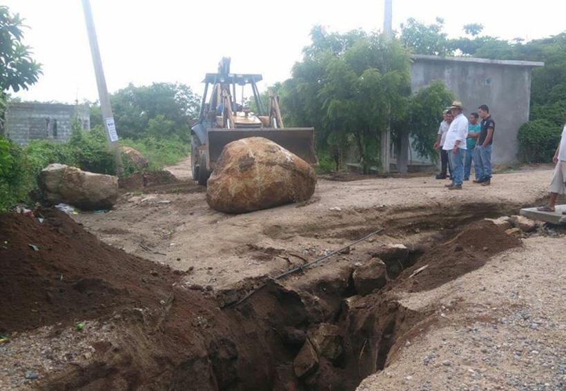 Ayudan a las colonias afectadas por las lluvias en el Istmo