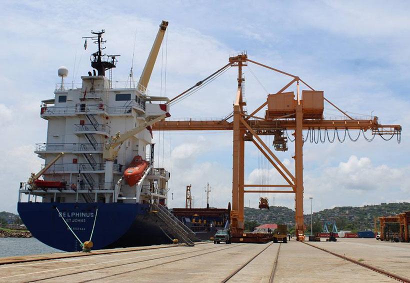 Denuncian falta de inversión en el puerto de Salina Cruz