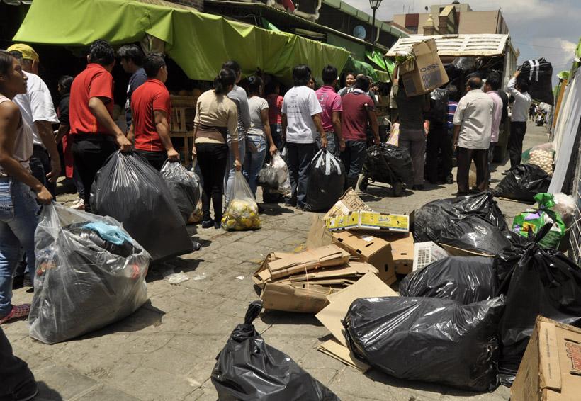 En Oaxaca falta conciencia para no tirar basura en las calles