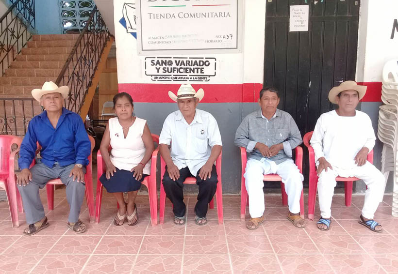 Amenaza edil de Tepetlapa con bloquear la costera