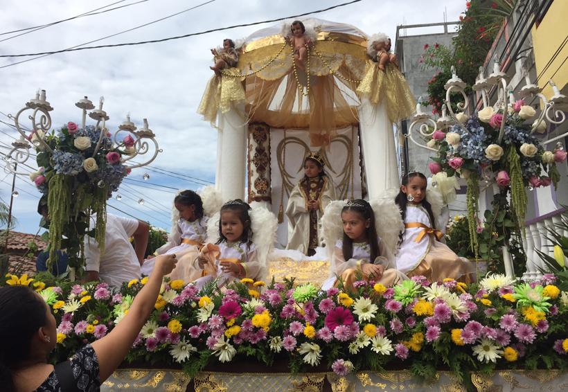 Honran a la Virgen del Carmen en Pinotepa Nacional