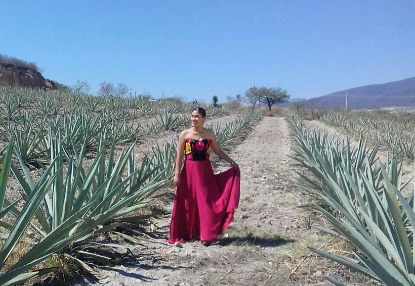 Paola Hersan una voz  para la música  tradicional