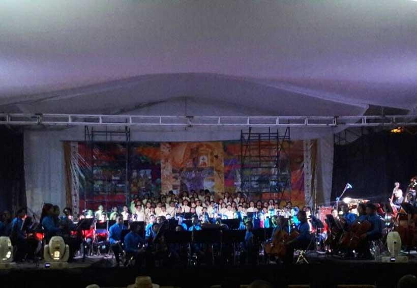 En la Mixteca enaltecen la música emblemática oaxaqueña
