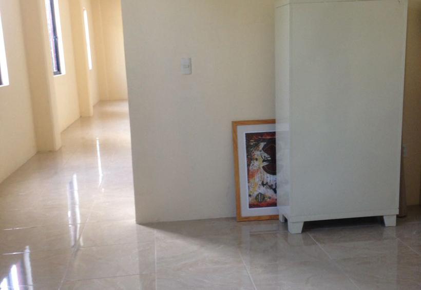 En el suelo, obra que donó artista a Huajuapan
