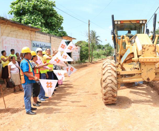 Desarrollo de Santo Domingo  Tehuantepec no se detiene