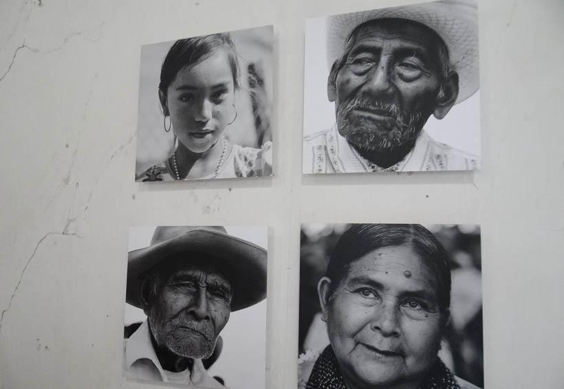 Abren exposición fotografía en Santiago Jamiltepec, Oaxaca