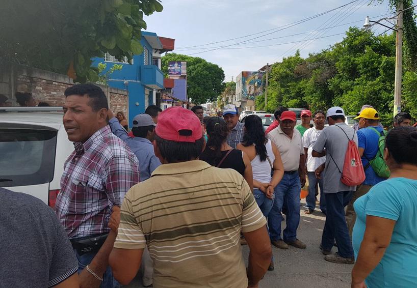 Piden la salida del administrador  del agua potable en Ciudad Ixtepec, Oaxaca