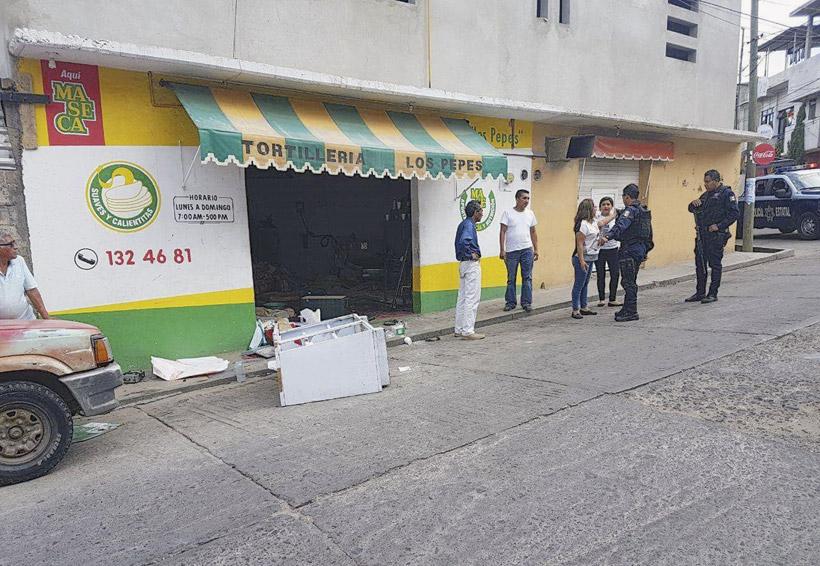 Sindicatos violentos imponen su ley en las colonias populares de Oaxaca   El Imparcial de Oaxaca